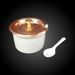 Ramequin dish with copper lid